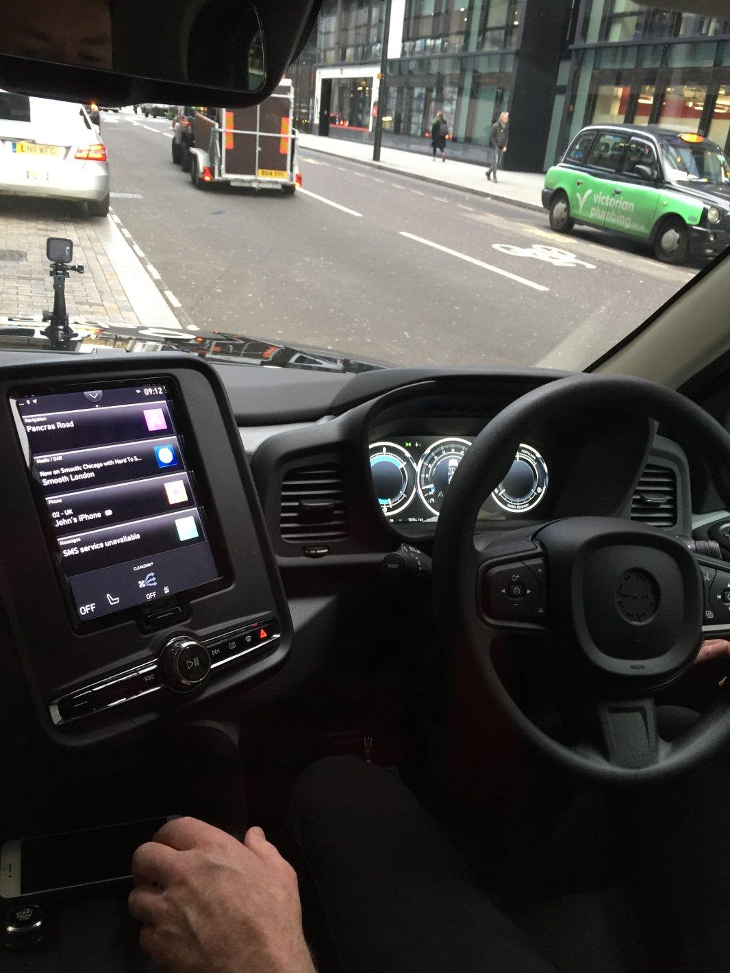 Sherbet London TXE Electric Taxi – LL18 XJD Dashboard